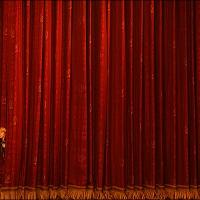 La ópera se muere o la quieren matar?