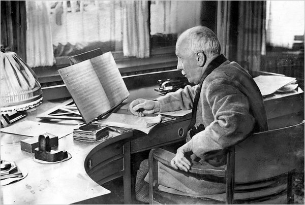 Richard Strauss en su estudio de Garmisch-Partenkirchen