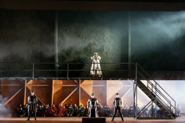 Billy Budd - Deutsche Oper Berlin - foto Bettina Stöss