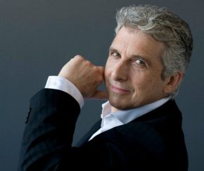 tso_music_director_peter_oundjian_photo_credit_sian_richards-jpg-size-custom-crop-774x650
