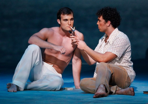 wes_mason_as_reinaldo_arenas_and_jonathan_blalock_as_lazaro2